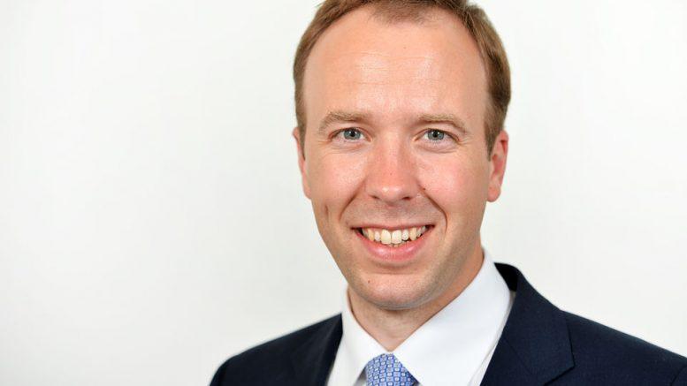 Британскиот министер за здравство се повлече од трката за премиер