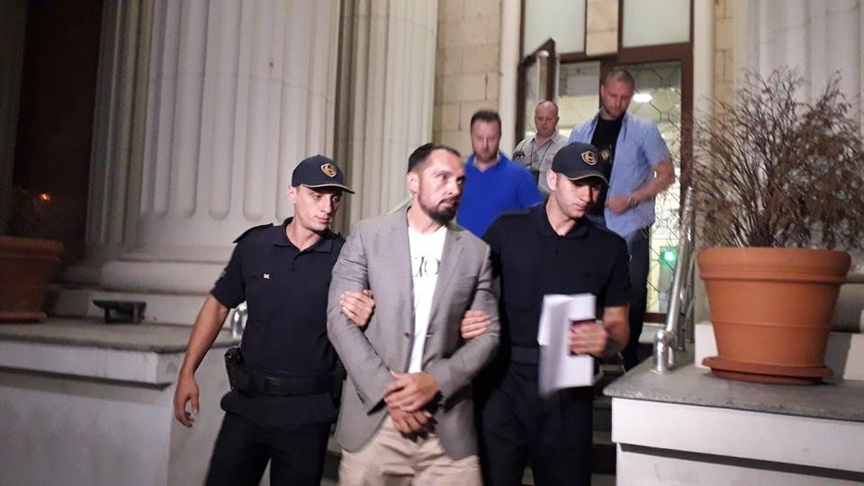 Кичеец излезе од судот со полициска придружба