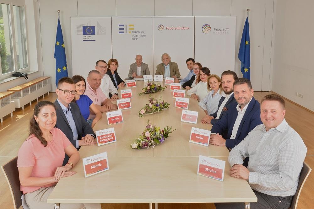 Дополнителни 800 милиони евра за мали и средни претпријатија – ЕИФ и ПроКредит Банка ја дуплираат поддршката за иновативните компании