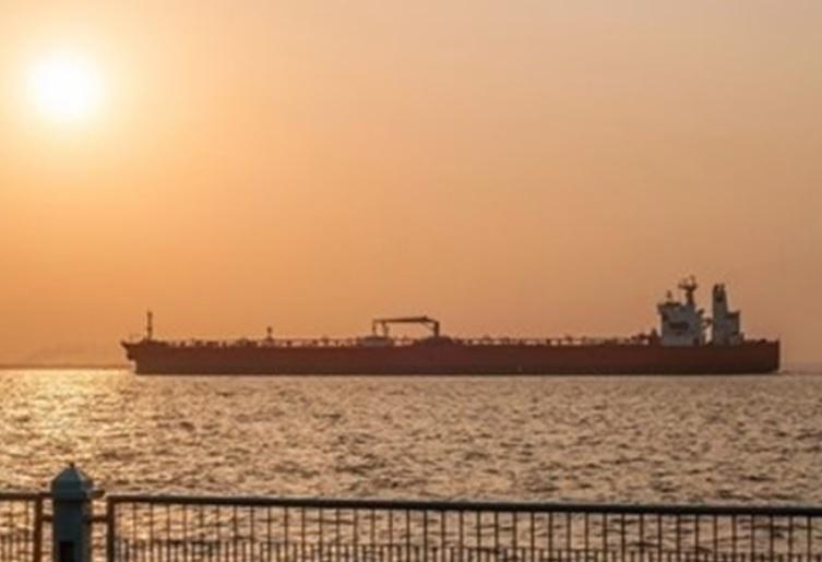 Издадено највисоко предупредување за британските бродови во водите на Иран