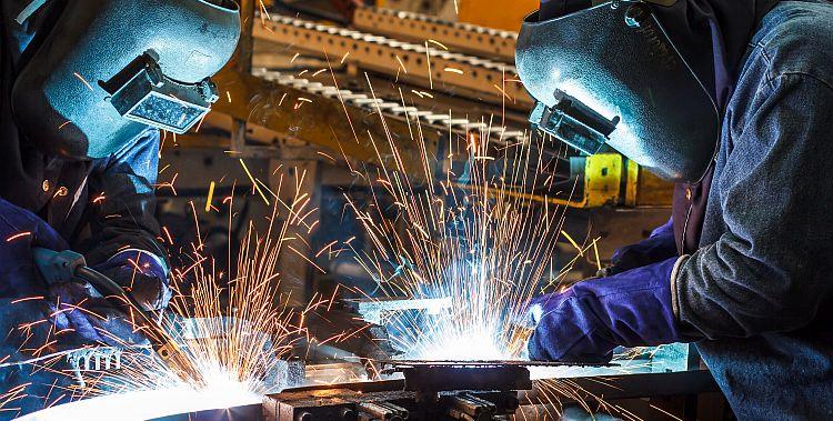 Во јуни е забележан пад во прометот на индустријата