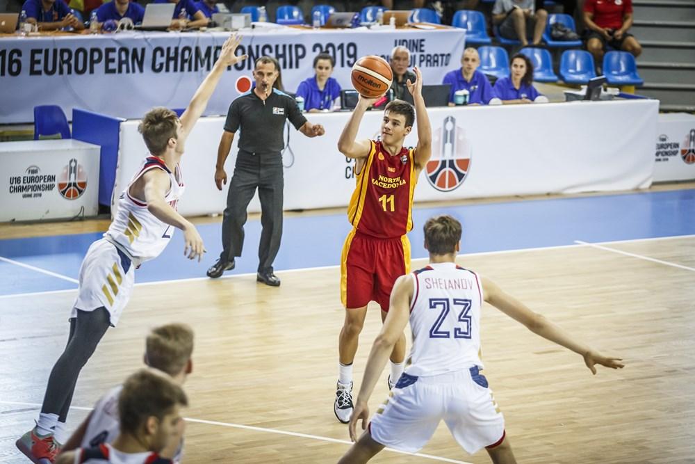 Младите кошаркари торпедирани од Русија