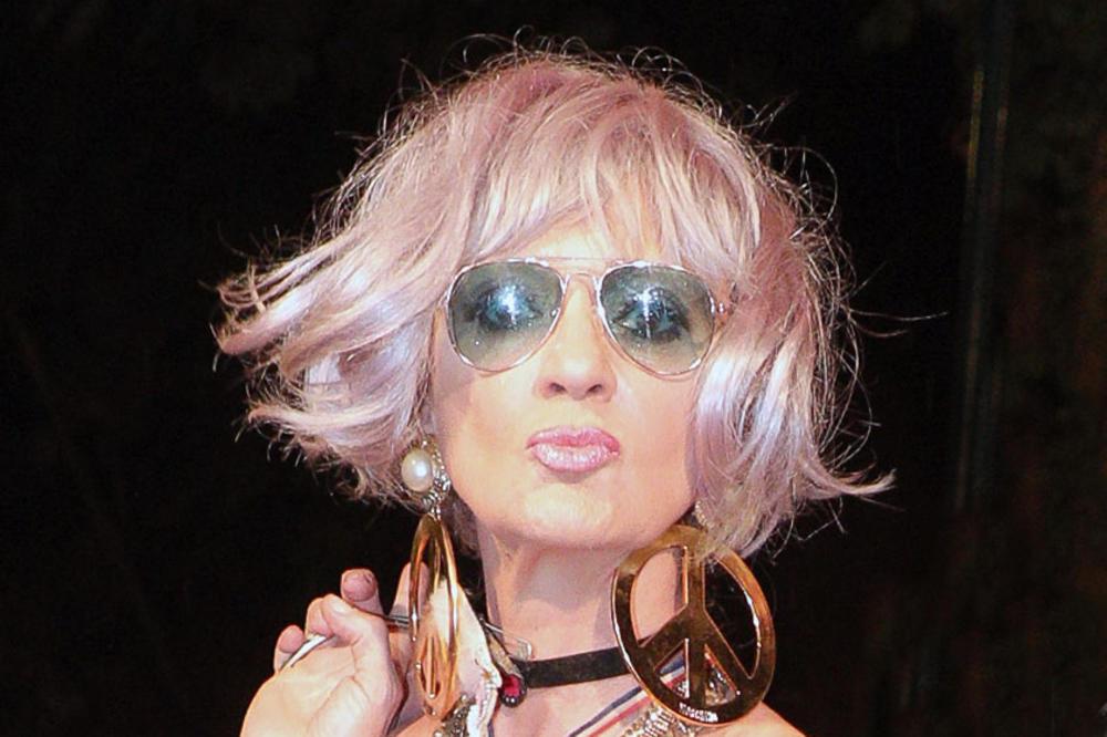 ЈА ИЗМЕШАА СО ХОЛИВУДСКА ДИВА: Оваа позната пејачка откри интересна случка од Прага