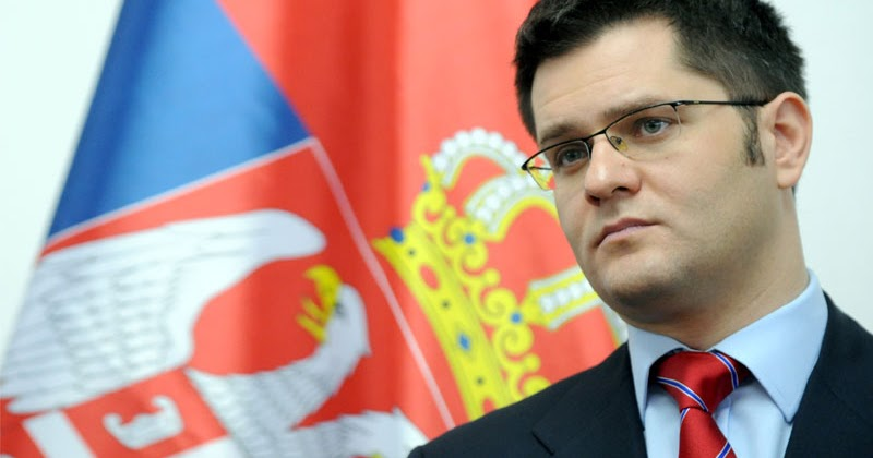 Јеремиќ: Министерот за внатрешни работи Стефановиќ не може да се извлече од аферата со трговија на оружје