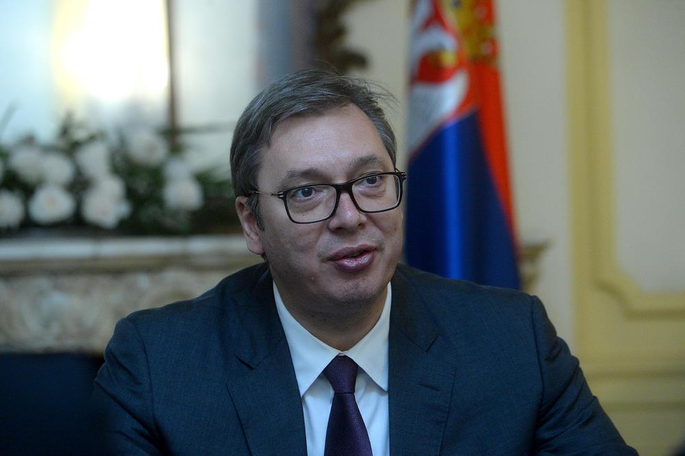 Вучиќ ќе се информира од Макрон кој според него може да влезе во ЕУ