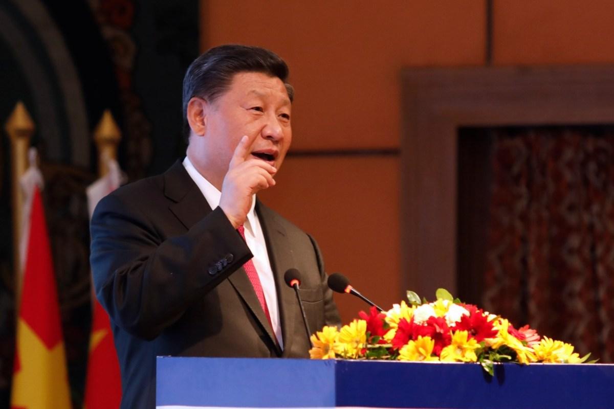 Кинескиот претседател Си Џинпинг во официјална посета на Грција