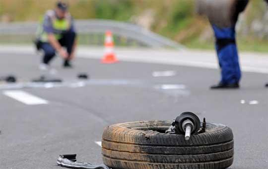 Девојче е повредено во сообраќајка на Качанички пат, интервенирале и пожарникари