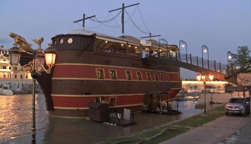 Шилегов: Со запленетите пари од ВМРО- ДПМНЕ, ќе ги отстраниме бродовите во Вардар