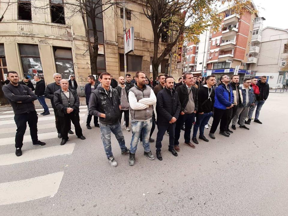 Протест поради непоставувањето на албанското знаме за градскиот празник во Куманово, Димитриевски го оцени како политички мотивиран
