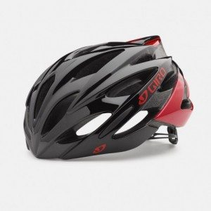 Giro Savant in black and red with MIPS Technology