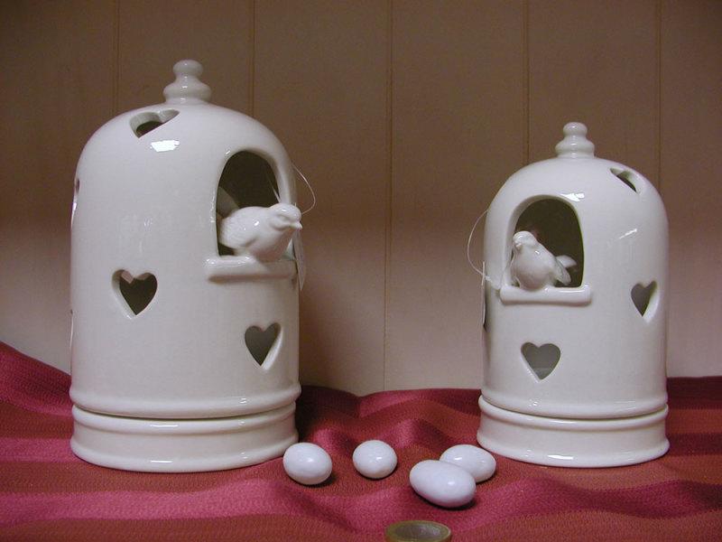 Sposini stilizzati in resina dipinta a mano. Bomboniere Per Matrimonio Slonech Centro Bomboniere