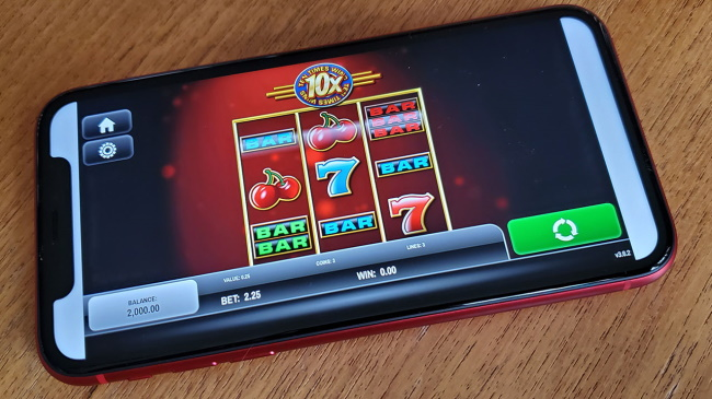 Top 4 Bitcoin Mobile Casinos to play on iPhone