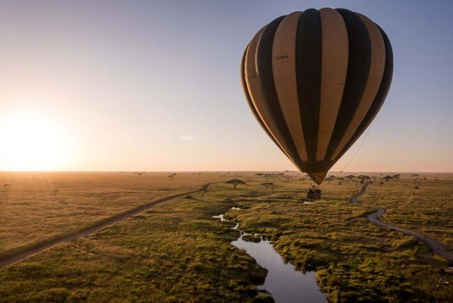 Ride-a-Hot-Air-Balloon-Flight-over-the-Serengeti