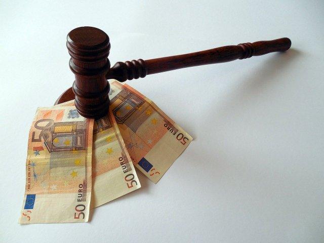 Kako sodelovati v postopku sodne dražbe za nakup nepremičnine