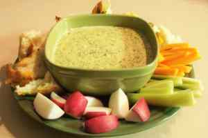 Crock Pot Spinach Dip! Find this & more @ https://www.slowcookerkitchen.com
