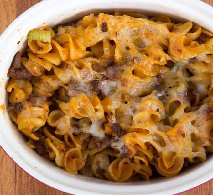Slow Cooker Cheeseburger Macaroni