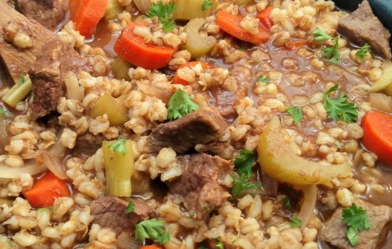 Slow Cooker Beef & Barley Stew