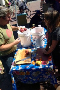 The SFRR Apple Press at the Sebastopol Farmers Market