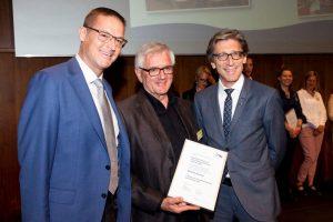 : Gesundheits-Landesrat Dr. Christian Bernhard, Initiator Franz Abbrederis von slow food und Dr. Thomas Heininger Vorsitzender der IBK und Gesundheitsdirektor des Kanton Zürich.