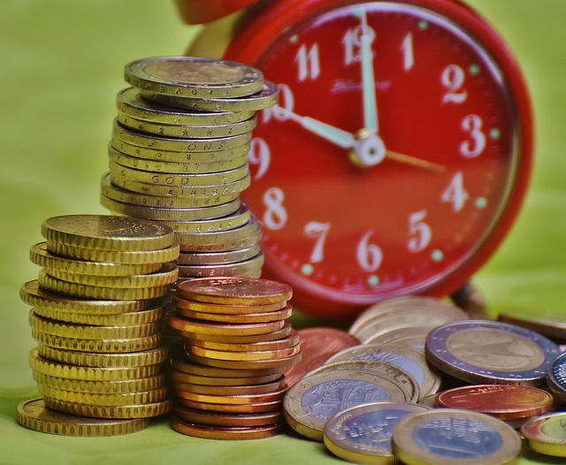 time-is-money-1601992_640
