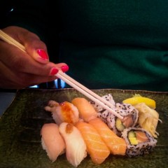 Eat Japanese: RAW Sushi & Grill