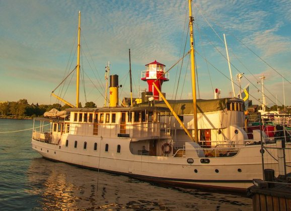 Boat tours around Stockholm