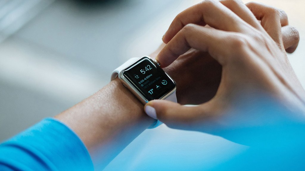 smartwatch-apple-tote-technologie