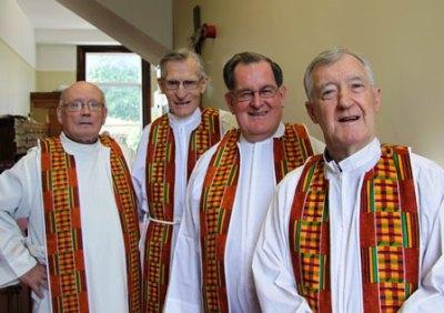 GJ13-4-priests