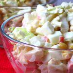 Салат із пекінської капусти та крабових паличок