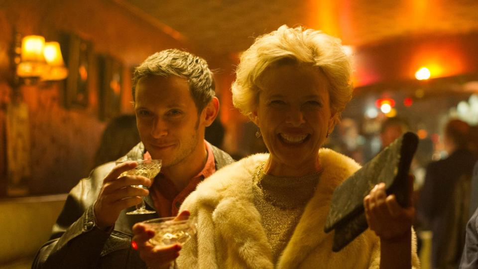 Film Stars Don't Die in Liverpool Review 3
