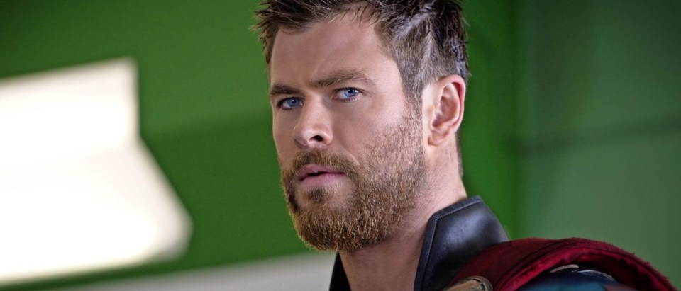 Chris Hemsworth might be cast as Green Lantern in the DCEU
