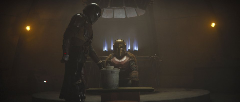the-mandalorian-episode-3-the-armorer