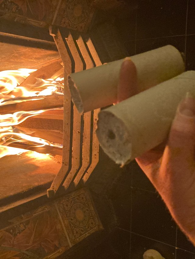 coffee and toilet roll firelogs