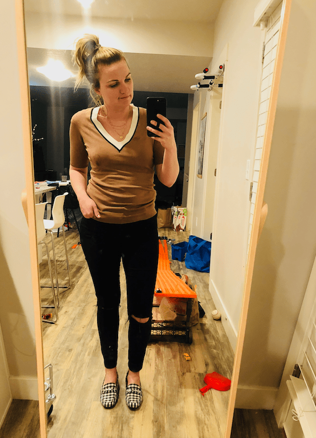 """a82017f0a8d32f ... cleaning and then end the night in a huge mess. Sweater old H M similar  finds below.    Jeans """"Moto Leigh"""" — All Topshop Jeans are 50% off right  now!"""