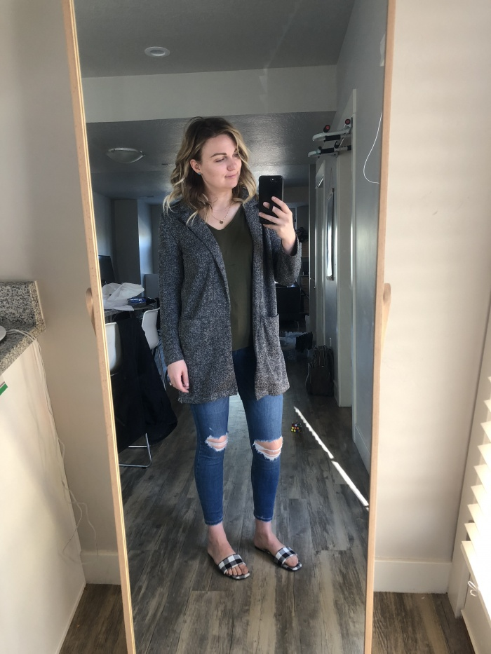68ea728f897f09 Sweater    Jeans    Hair Cuff    Platforms (similar but they come in the  greatest colors and I want them all! This is my favorite way to wear a heel  or get ...