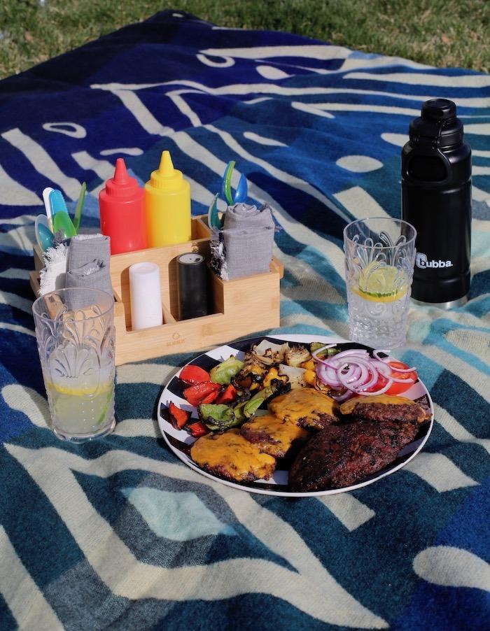 outdoor dinner musts