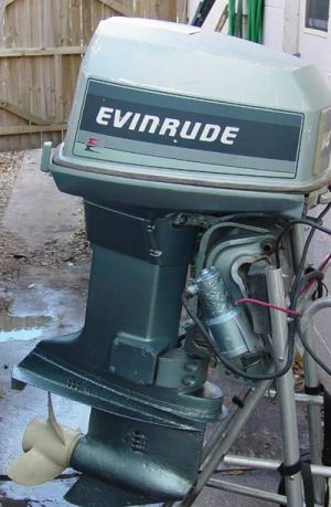 Evinrude 85 hp Outboard Boat Motor For Sale