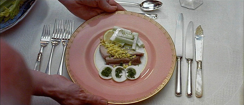 (above) I love the this table setting. It's by far my favorite in the film.