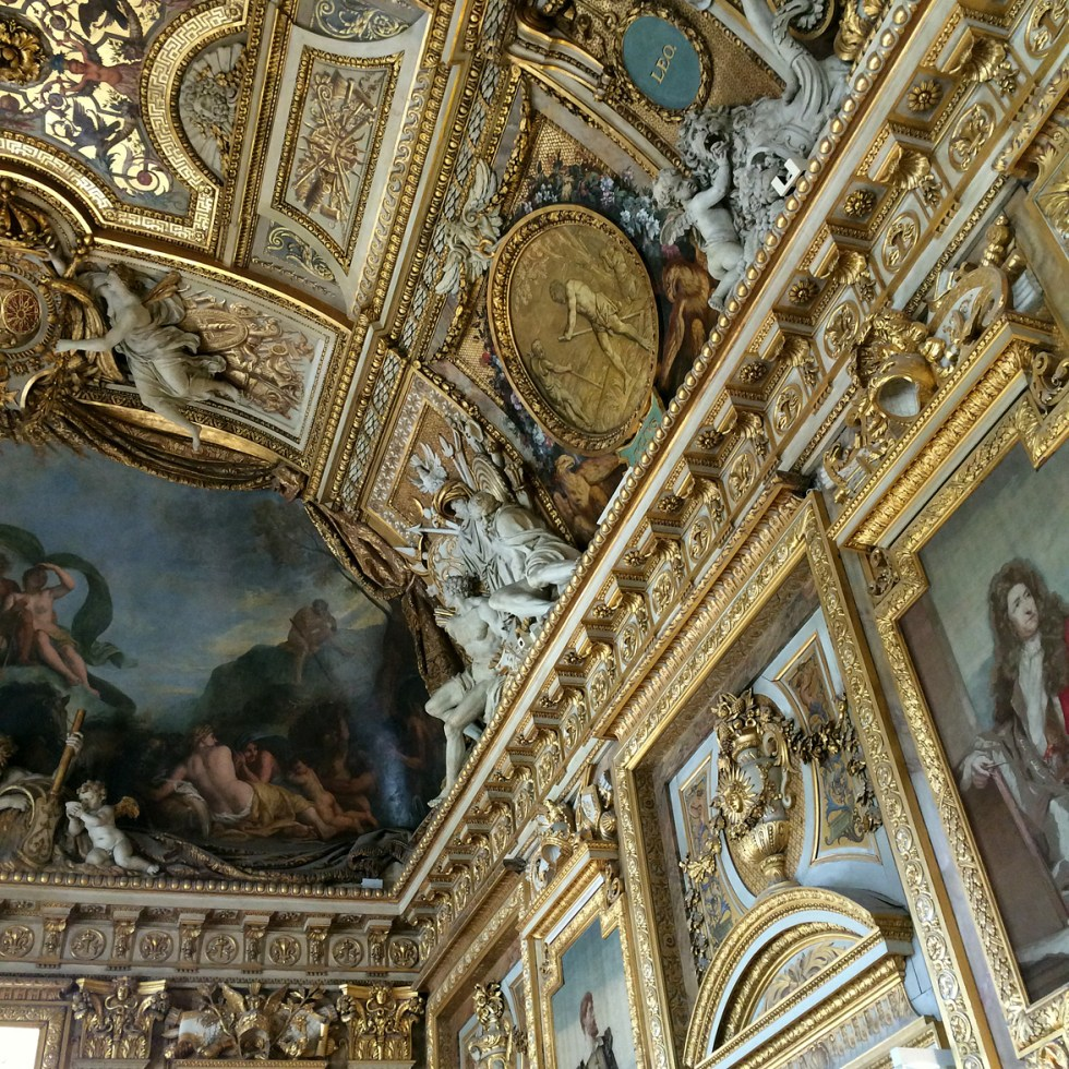 (above) Detail of the Galerie d'Apollon's ceiling at its southern end, western side.