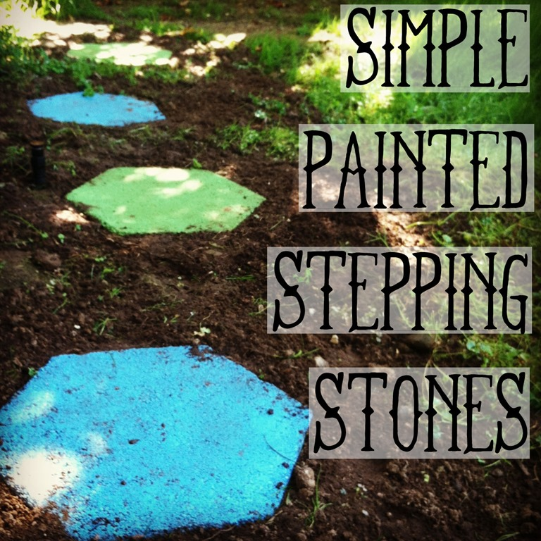 Painted Garden Stones: Spray Painted Stepping Stones