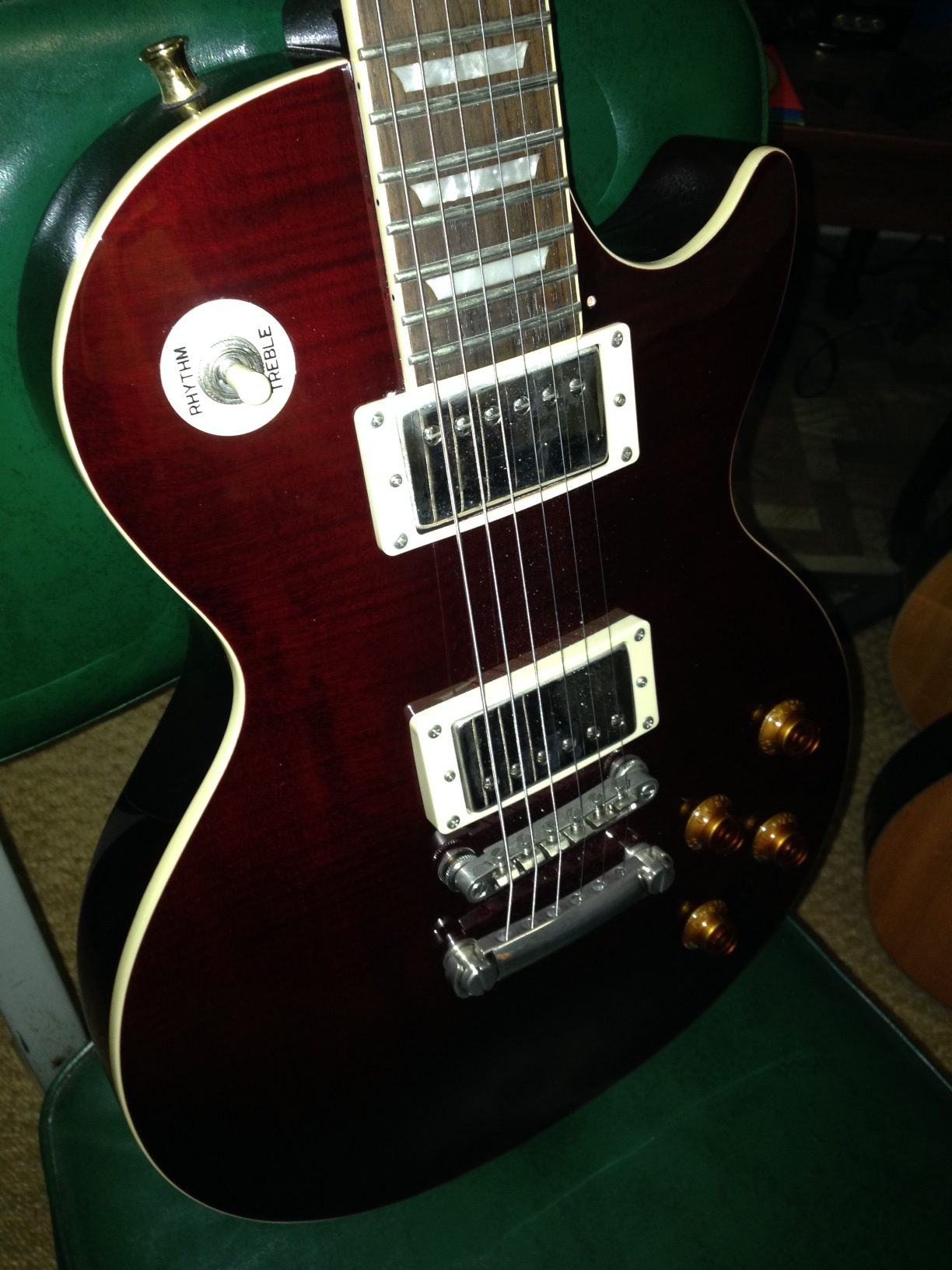 hight resolution of epiphone les paul junior bolt neck electric guitar this could use some detailed cleaning but