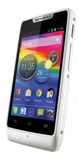 Motorola-Razr-D1_2