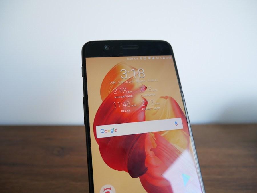 OnePlus 5 pantalla AMOLED