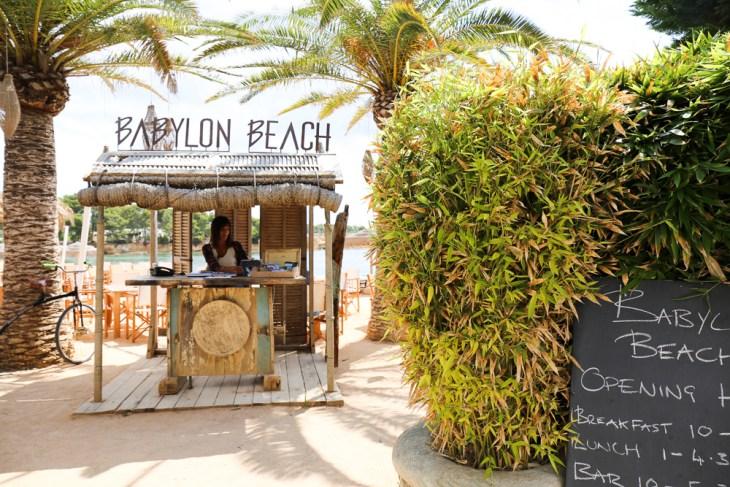 Babylon Beach Bar, Bicola Bramigk