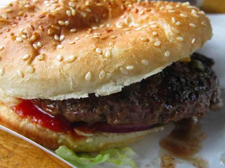 Burgermeister, Nicola Bramigk