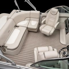Boat Captains Chair Gray Leather Office The Best Pontoon Layout Smart Buyer Guide Dc Does Take A Price Jump Over Most Other Layouts For Obvious Reasons You Are Getting Dual Fiberglass Helm Stations With Captain S