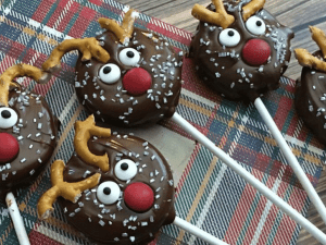 holiday oreo pops baked goods for craft fair