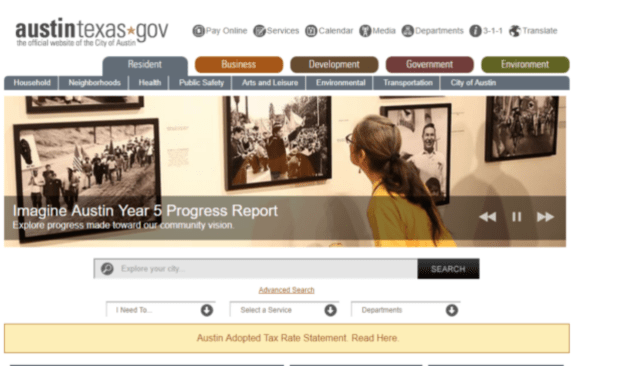 Screenshot-2017-10-27 Auditors say city's website needs improvement – Austin Monitor-a woman looking at art on a wall with text-Imagine Austin 5 year report