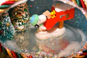 Kevin Dooley – Christmas egg scene wtih Snoopy and Woodstock