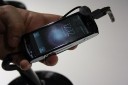 Sony Ericsson Xperia Neo (2) [600 breit]